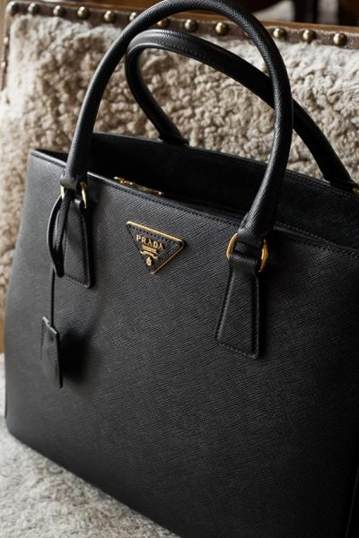 Top Reasons to Choose Prada Bags Over Others: Why You Need To Make the Switch